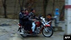شبان عاطلون عن العمل في أفغانستان