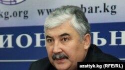 Qirg'iziston Respublikasi o'zbek milliy-madaniy markazi prezidenti Baxtiyor Fattohov.