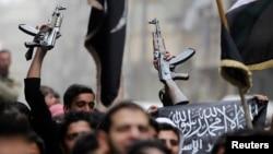 اسلامگرایان مخالف اسد در سوریه. عکس تزئینی است.
