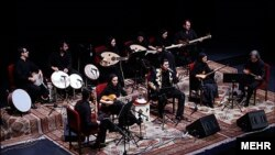 Mezrab Orchestra featuring Salar Aghili in concert