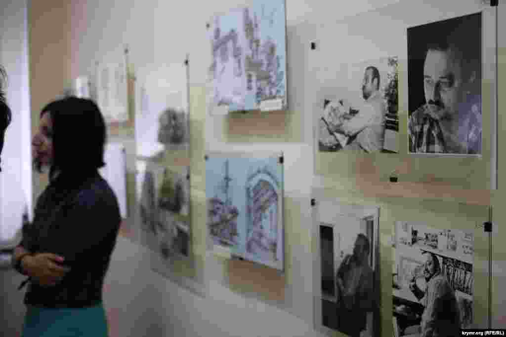 Персональные выставки крымскотатарского художника проходили не только в Крыму, но и во многих странах мира – Эстонии, Польше, США и Турции