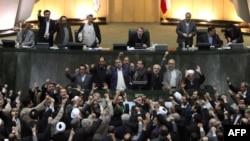 Իրանի խորհրդարանի պատգամավորները կոչ են անում պատժել ընդդիմությանը