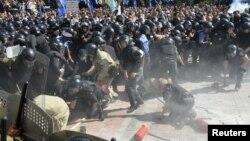 Сутички біля Верховної Ради, 31 серпня 2015 року