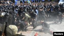 Біля Верховної Ради України в Києві, 31 серпня 2015 року