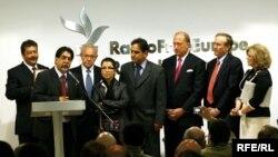 David Burke Award Winners with BBG Governors, RFE/RL Prague 12May 2009