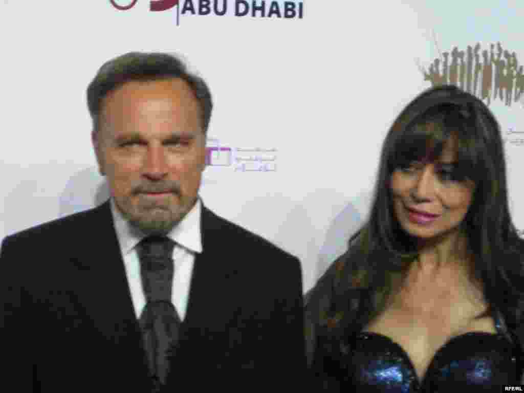فرانکو نرو هنرپیشه هالیوود (چپ)