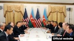 Barack Obamanın İlham Əliyevlə görüşü, New York, 24Sep2010