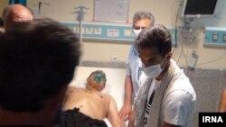 مدیرکل مدیریت بحران استان کرمانشاه گفته که این دو مصدوم بدحال با بالگرد به بیمارستانهای کرمانشاه اعزام شدهاند.