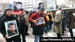 Участники Марша памяти Немцова в Новосибирске. 26 февраля 2017 года.