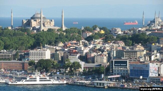 نمایی از استانبول که یکی از محبوبترین شهرهای ایرانیان در ترکیه است