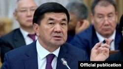 Премьер-министр Мухаммедкалый Абылгазиев.