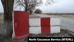 Разобранный блокпост в Ольгинском