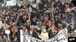 کارکنان بخش سرگرمی (سینما و...) در رشته اعتصابهای امروز فرانسه در مارسی