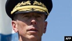 Ish-drejtori i CIA-s, David Petraeus