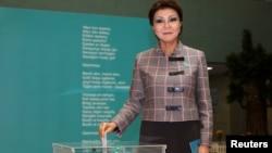 Старшая дочь бывшего президента Казахстана Нурсултана Назарбаева Дарига Назарбаева, спикер сената парламента.