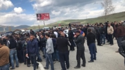 Ցուցարարները փակել են Սևան ֊ Երևան մայրուղին, կան մեքենաների կուտակումներ