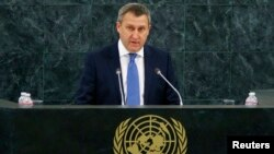 Ukraine's acting Foreign Minister Andriy Deshchytsya speaks to the UN General Assembly on March 27.