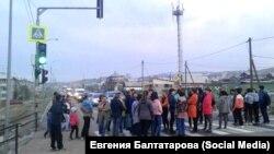 Жители Сотниково в Бурятии перекрыли дорогу