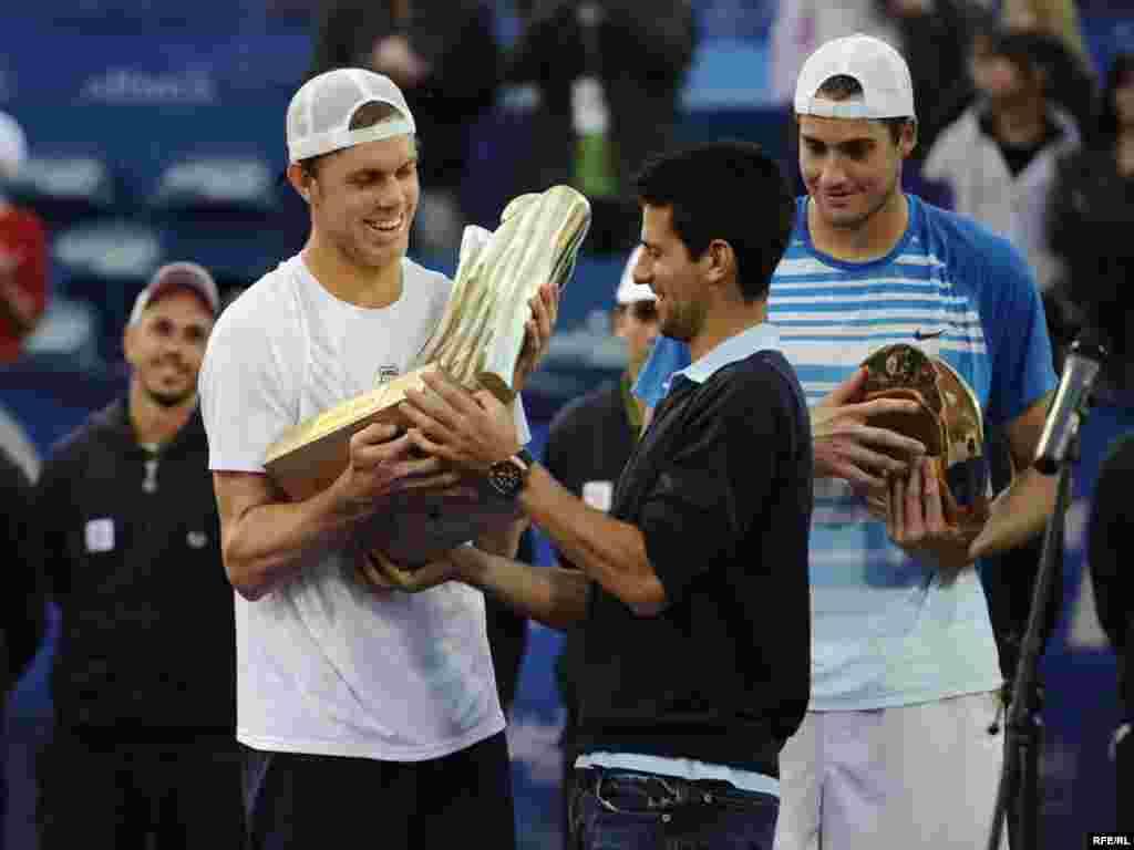 """Drugi teniski ATP turnir """"Serbia Open"""", održan je u konkurenciji 50 igrača iz 21 zemlje u Beogradu, ( 03.-09.05.). Domaćin je bio Novak Đoković, a turnir je osvojio amerikanac Sam Querry, pošto je u finalu savladao svog zemljaka Johna Iznera sa 2:1 (3:6, 7:6, 6:4). Foto: Vesna Anđić"""