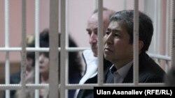 Нарымбаев и Коркмазов в суде.