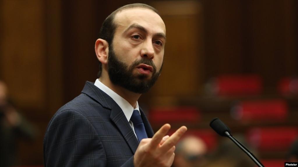 Делегация во главе со спикером парламента Армении отбывает с рабочим визитом в США