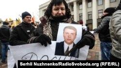Мати загиблого Олександра Рафальського Тамара на мітингу