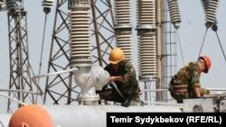 Kyrgyzstan – energy workers, Datka-Kemin, Chui energy, electro, light, Severoelectr, sever electr, energy line, generic, undated