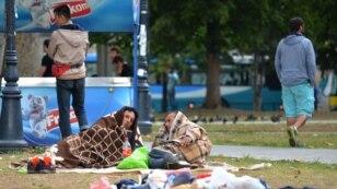Zapis iz parka u Beogradu: Vodi nas nada