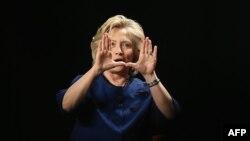 Хиллари Клинтон занимала пост госсекретаря США в течение четырех лет - до февраля 2013 года