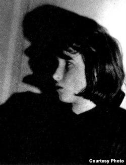 Елена Шварц, конец 60-х годов, фотография Лидии Гинзбург
