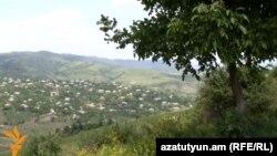 Одно из приграничных сел Тавушской области Армении