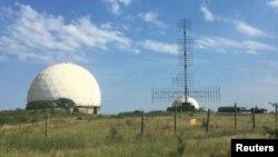 Радари на військовій базі неподалік Феодосії