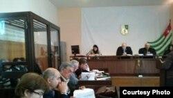 Верховный суд Республики Абхазия продолжает рассматривать уголовное дело об убийстве российского предпринимателя Сергея Клемантовича и его спутницы Оксаны Скаредновой