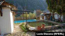 Piscină la Butuceni