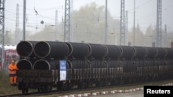 If built, the pipeline will run under the Baltic Sea from Russia to Germany, bypassing several European transit countries