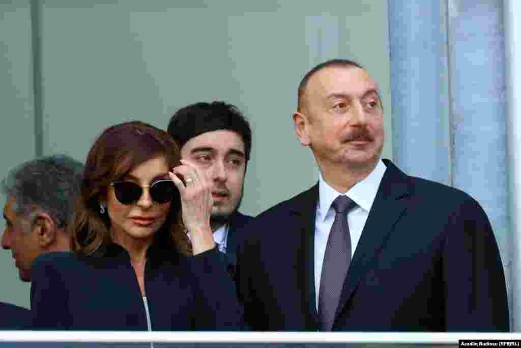 Жарысты тамашалауға Әзербайжан президенті Ильхам Әлиев пен әйелі Мехрибан Әлиева келді.