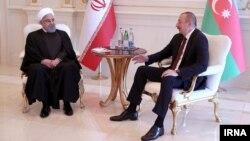حسن روحانی از توافقات دریای خزر، فعالیت در حوزه نفت و گاز و ترانزیت به عنوان مواردی نام برد که موجب ارتقای رابطه ایران با آذربایجان میشود.
