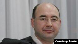 Татар дәүләт һуманитар университетының яңа ректоры Рәдиф Җәмәлетдинов