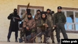 Tajik militants in Syria or Iraq, Photo from video published in Odnoklassnini.