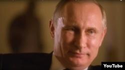 """Кадр из фильма """"Интервью с Путиным"""""""
