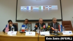 Croatia - Police news conference, case of smuggling cocaine, Zagreb, 9May2012.