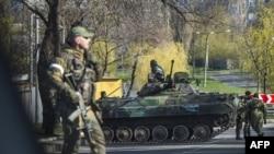 Proruski separatisti u Donjecku, 23. april 2015.