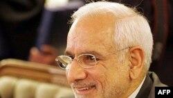 به گفته غلامرضا آقا زاده، « اکنون ۹۵ درصد نيروگاه اتمی بوشهر تکميل شده است.»