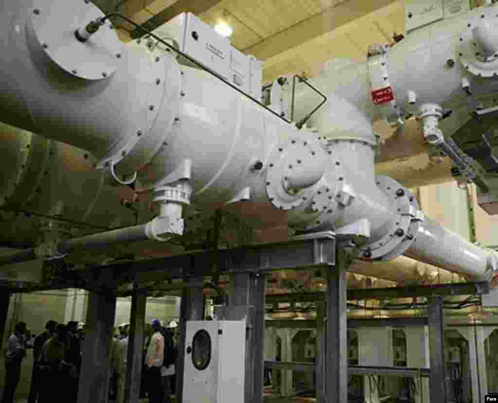 The Bushehr nuclear power plant, April 2007 (Fars) - Russia in March failed to make the first delivery of nuclear fuel to Bushehr, as it was supposed to under a September 2006 bilateral agreement. Under that agreement, all spent nuclear fuel was to be returned to Russia for reprocessing.