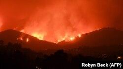 عکسی آرشیوی از آتشسوزی در کالیفرنیا