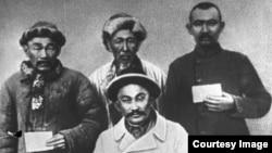 Казахи, принимавшие участие в восстании Амангельды Иманова в 1916 году в Тургайском крае. Архивное фото.