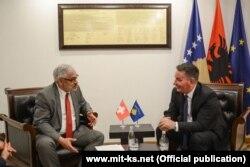 Të premten, ministri Lekaj priti në takim ambasadorin e Zvicrës, Lebet.