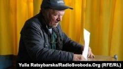 Голосування на виборчій дільниці в Дніпропетровську, 25 жовтня 2015