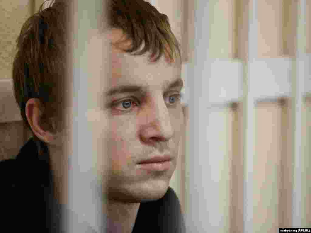 Суд над Зьмітром Дашкевічам і Эдуардам Лобавым, 2011 год
