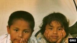 "Рубен и Моника. Брат-близнец снижает вероятность рождения ребенка у сестры в ее взрослой жизни. <a href = ""http://nl.wikipedia.org/wiki/Afbeelding:Tweeling4.jpg"" target = _blank>Wikipedia GNU Free Documentation</a>."